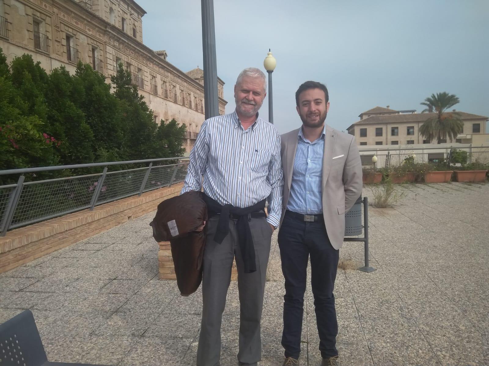 Radio 4G. Con Hipólito Romero y Agustín Laje previo a la concentración en el Hotel Nelva