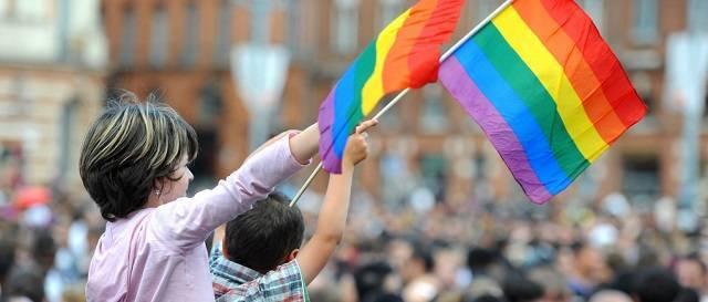 El Vaticano publica un documento sobre la ideología de género, una «verdadera emergencia educativa»